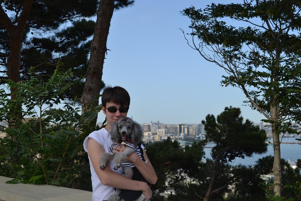 С Масиком в Нагорном парке